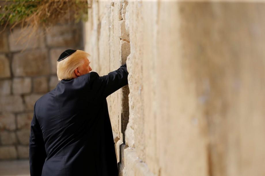 [FOTOS] Donald Trump visita el muro de los lamentos  Tele 13