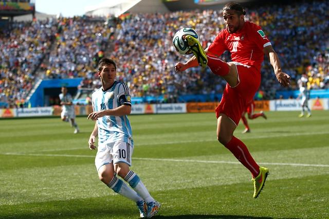 """Ricardo Rodríguez, el chileno que juega por Suiza: """"Yo quería jugar por Chile"""""""