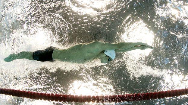 Michael Phelps es el mayor ganador de medallas de oro en unos Juegos Olímpicos: ocho en Pekín 2008.