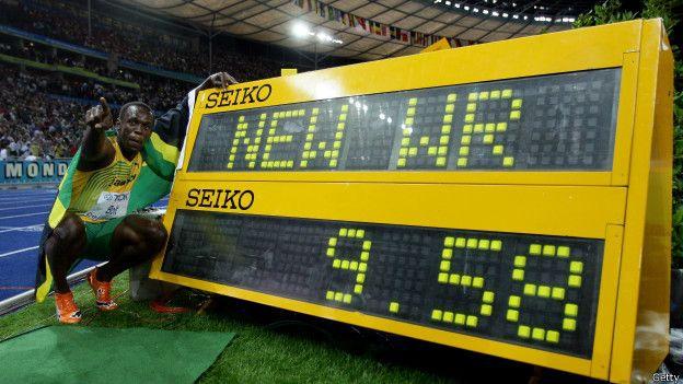 """""""El Rayo"""" es considerado el hombre más veloz sobre la tierra, ¿podrá rebajar los 9,58 segundos de su actual récord en los 100 metros?"""