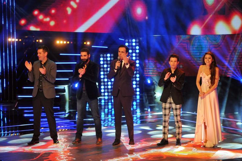 """Sergio Lagos y los cuatro finalistas de """"The Voice Chile"""""""