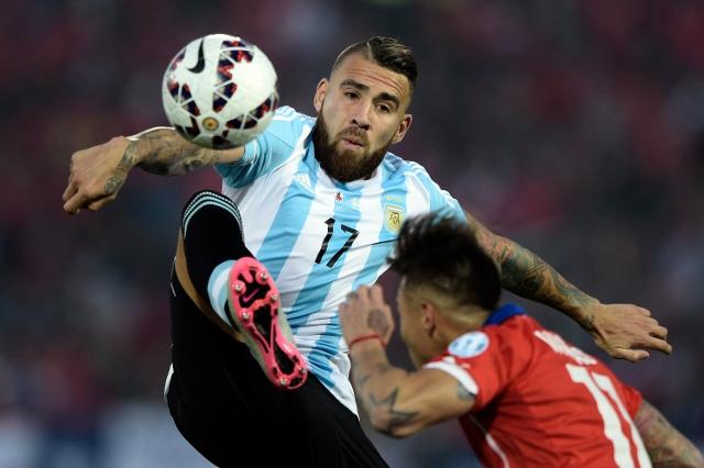 Afirman que hay acuerdo para que Otamendi deje el Valencia y parta a Manchester City