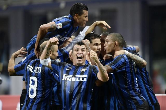 Prensa italiana apunta a posible suplencia de Gary Medel en Inter de Milán