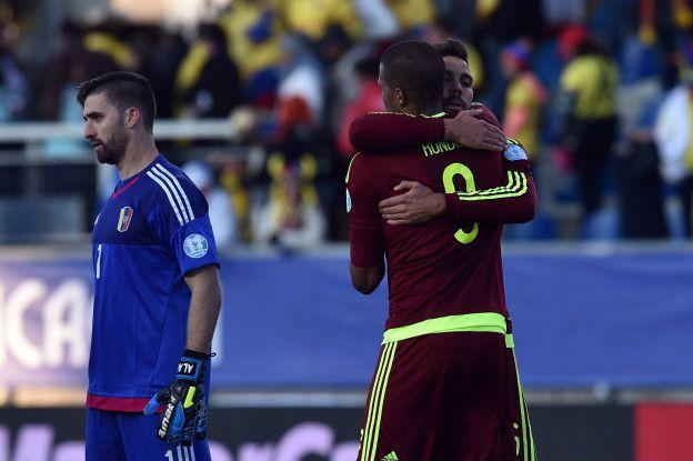 La esperanza de Venezuela de clasificar a un mundial dependerá de los goles de José Salomón Rondón.