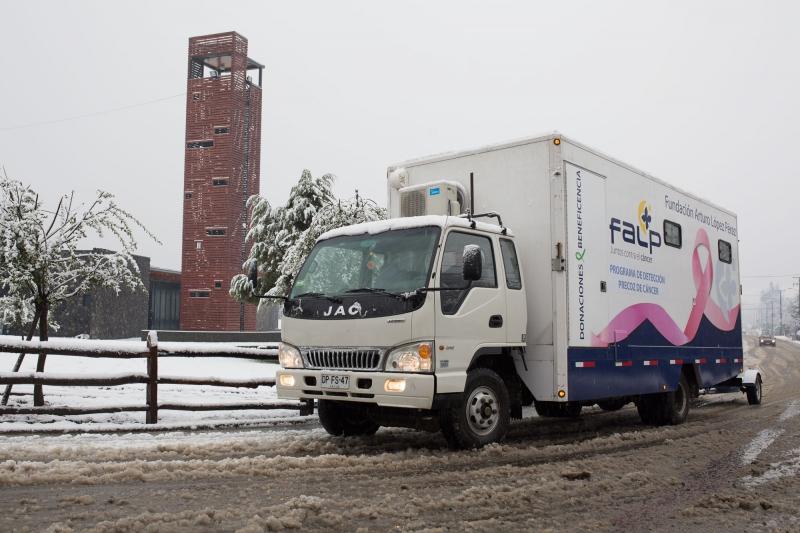 Camión que recorrerá algunas ciudades de Chile promoviendo la campaña
