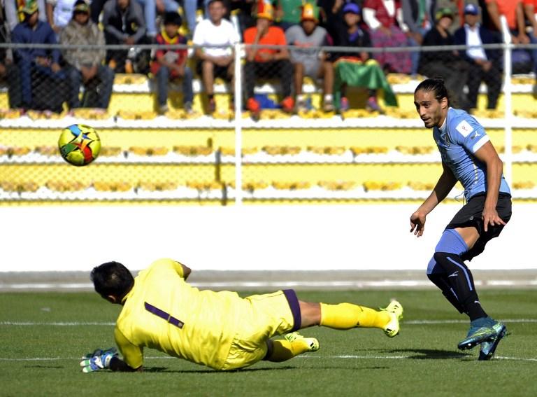 Cáceres abrió la cuenta para Uruguay