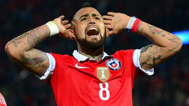 Arturo Vidal celebra el triunfo de Chile.