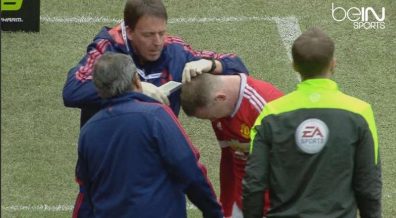 En Manchester repartieron puntos en la tabla y en la cabeza de Rooney
