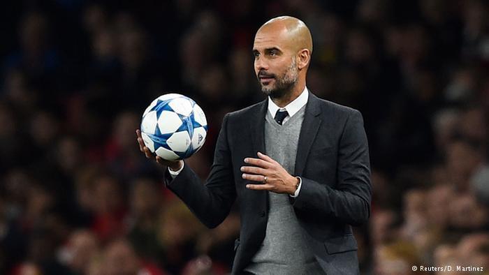 Entre más tiempo se demora en renovar su contrato con el Bayern, más costoso se pone Pep Guardiola.