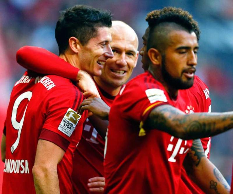 La participación y la importancia de los jugadores latinos en la Bundesliga ha crecido esta temporada.
