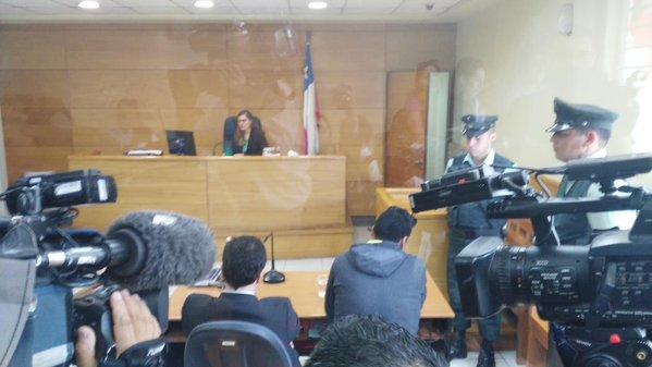 Esteban Paredes queda con firma mensual tras formalización por receptación de especies