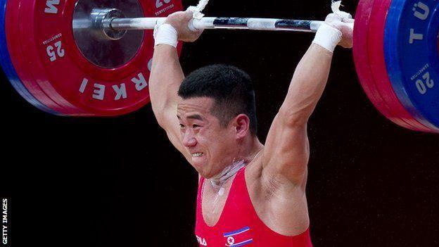 Yun-Chol conquistó las medallas de oro en Londres y en los mundiales de Kazajistán levantando tres veces el peso de su cuerpo.