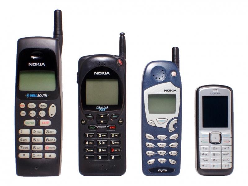 Fotos de telefonos celulares antiguos y modernos 38