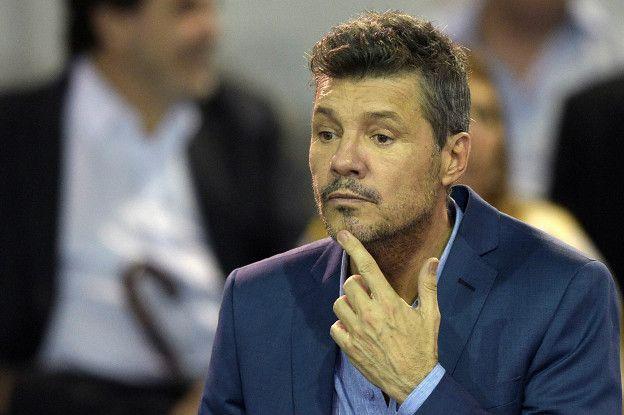 Marcelo Tinelli es un empresario con una amplia carrera en medios de comunicación y es el vicepresidente del Club Atlético San Lorenzo de Almagro.
