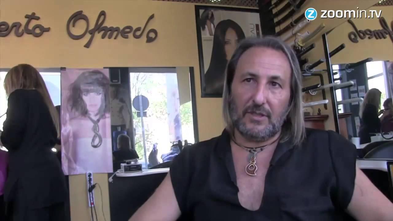 Alberto Olmedo, el estilista que trabaja con fuego y espadas   Tele 13