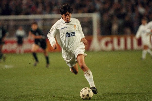El chileno Iván Zamorano fue la gran figura del título con el que el Real Madrid cortó la racha de cuatro ligas consecutivas del Barcelona.