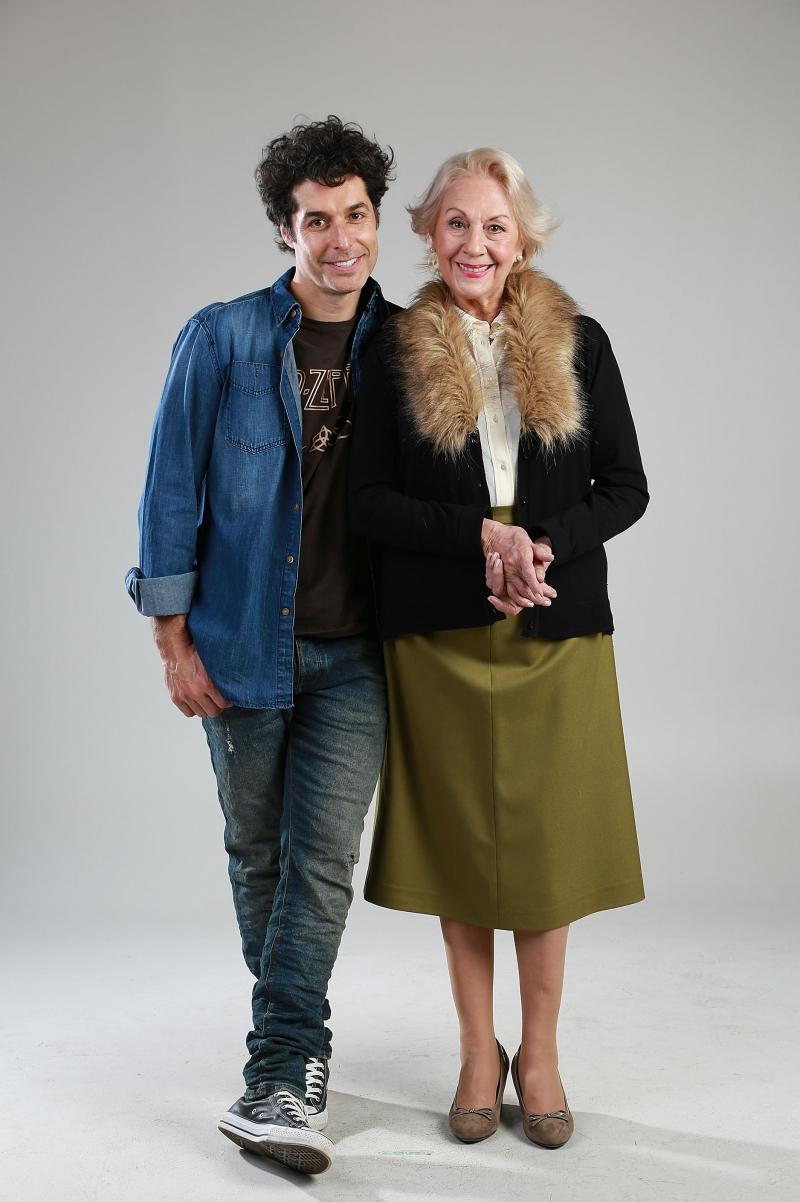 Silvia Santelices junto a su hijo televisivo por estos días, Francisco Pérez-Bannen