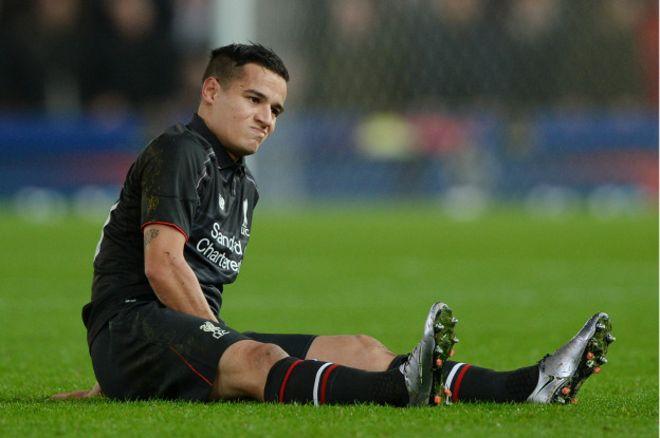 Philippe Coutinho tuvo que ser sustituido en el minuto 18 del partido frente a Stoke por la semifinal de la Copa de la Liga.