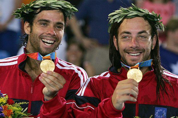 Massú también conquistó la medalla de oro en dobles junto a Fernando González.