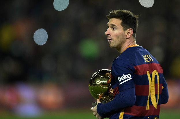 Lionel Messi recuperó el Balón de Oro en 2015 luego de conseguir la Liga, la Copa y la Champions con el Barcelona.