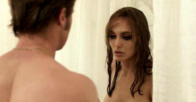 Was angrlina jolie naked final, sorry
