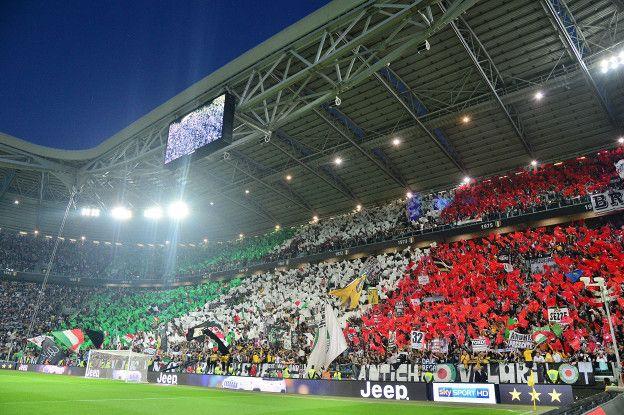 Juventus se convirtió en el primer equipo italiano en tener su propio estadio cuando se mudó del famoso estadio Delle Alpi al Juventus Stadium para la temporada 2011-2012.