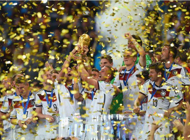 El nuevo presidente de la FIFA tratará de aumentar el número de países en la fase final de los mundiales.