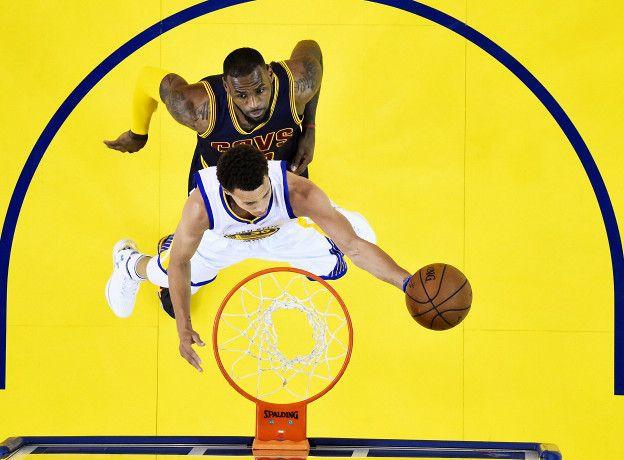 LeBron James es uno de los jugadores que está padenciendo el ascenso de Curry y el de los Golden State Warriors.