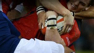 Quiénes son más rudos, los jugadores de rugby o los de fútbol americano