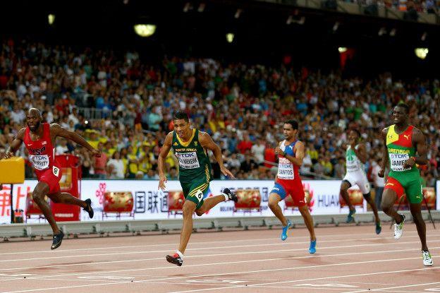 En 2015, ganó la final de los 400 metros planos en los mundiales de atletismo de Pekín.