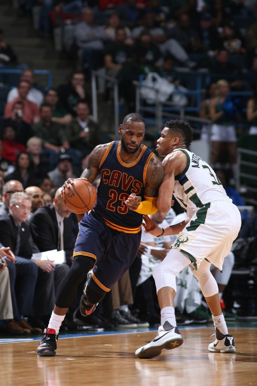 NBA: Pese a un disminuido LeBron James, Cleveland superó a Milwaukee