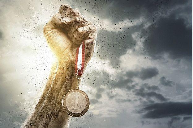 Ladany fue a Suiza y ganó. Pero le habría gustado quedarse en las Olimpiadas pues opina que retirarse, le concedió otra victoria a los atacantes.