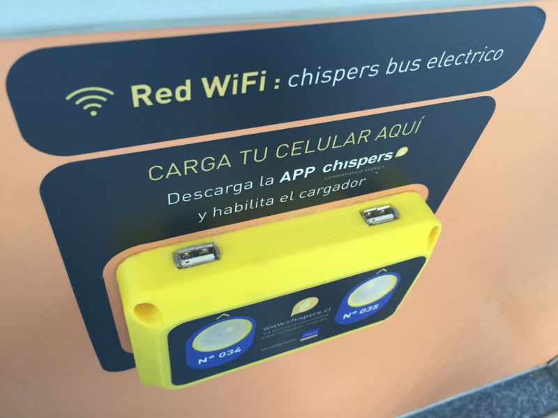 RED WIfI y USB del bus eléctrico