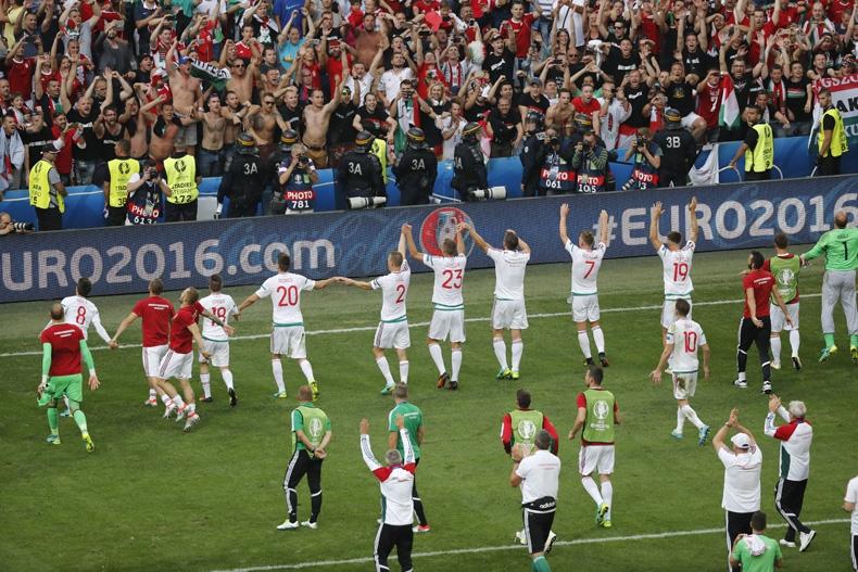 Hungría salva empate ante Islandia y acaricia los octavos de la Euro
