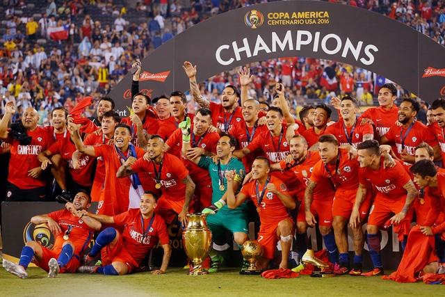 Conmebol anuncia que UEFA aceptó partido entre campeones de Copa Centenario y Euro