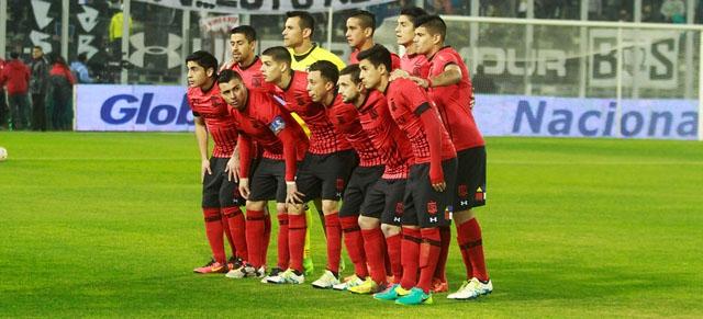 Colo Colo no utilizará más su nueva camiseta roja