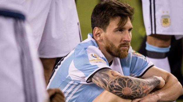 Messi anunció que se retiraba del fútbol de selecciones tras perder la final de la Copa América.