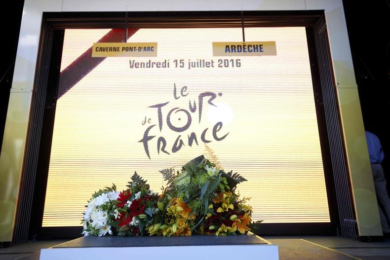 Froome distancia a Quintana en contrarreloj del Tour de luto por Niza