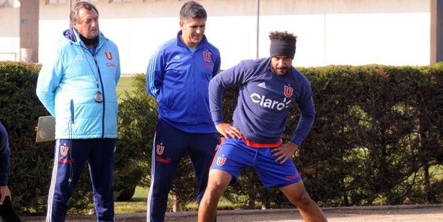 Jean Beausejour realiza su primera práctica como jugador de Universidad de Chile