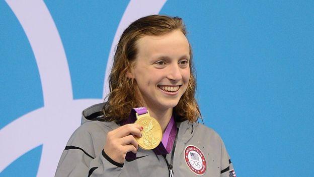 A sus 15 años., Ledecky se convirtió en la campeona olímpica de los 800 metros libres en Londres 2012.