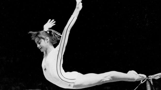 Nadia Comaneci consiguió el primer 10 de la historia de la gimnasia olímpica.