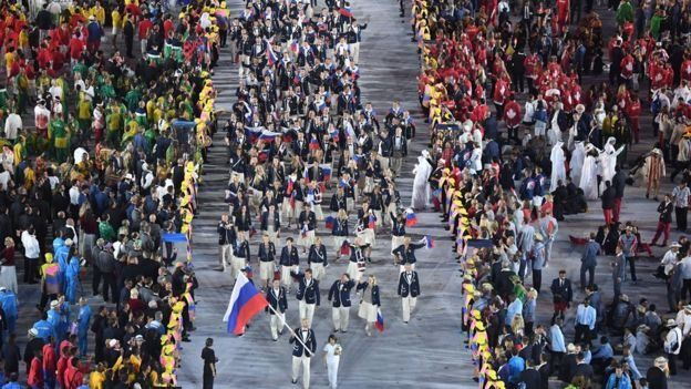 La delegación rusa estuvo envuelta en el escándalo de un programa de dopaje patrocinado por el gobierno de Rusia.