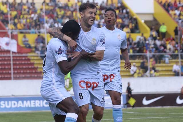 Rival de Palestino en Copa Sudamericana es excluido del torneo peruano por deudas