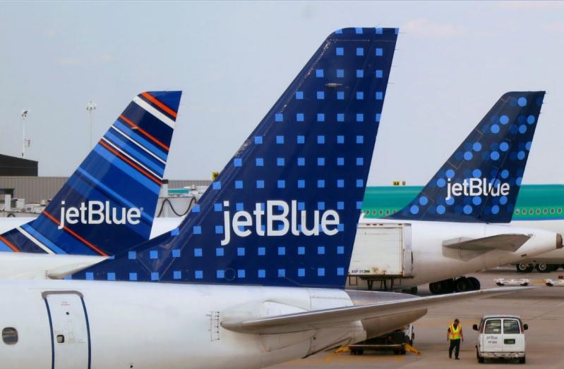 Vuelo inaugural de JetBlue marca nueva era en transporte Cuba-EEUU