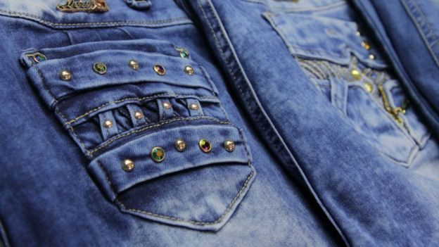 El Levanta Cola El Secreto Del Exito De Los Jeans Colombianos Tele 13