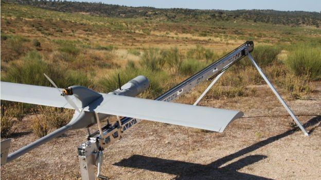 Tanto piratas como autoridades usan ahora drones.