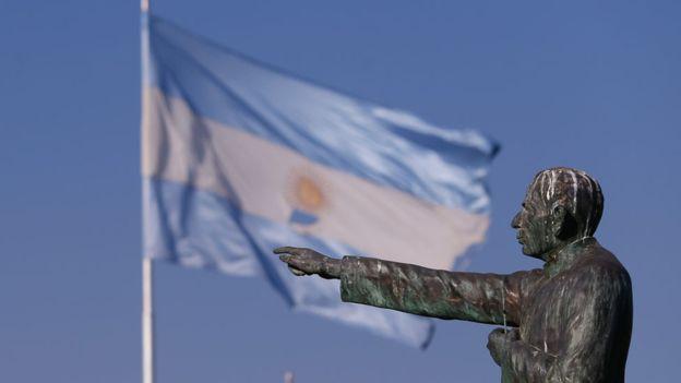El papa proclamó santos latinoamericanos: el niño cristero y el cura gaucho