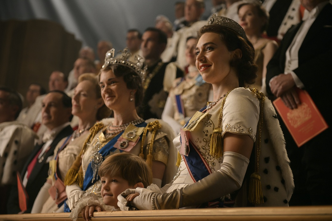 """Elenco de The Crown analiza a la reina Isabel: """"Es como Lady Gaga, la persona detrás es un misterio"""""""