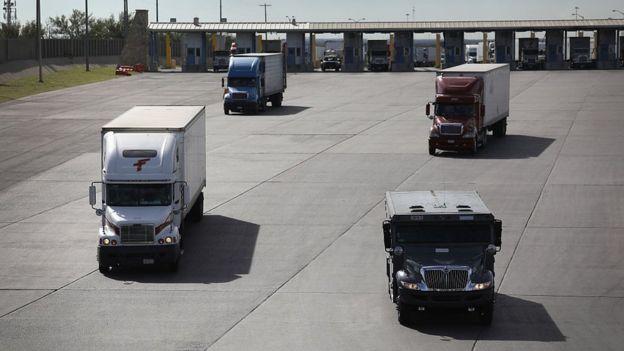 El comercio entre México y Estados Unidos se multiplicó con el TLCAN.
