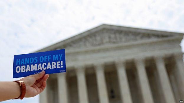 """Durante la campaña el republicano Donald Trump prometió que desharía algunas de las políticas de Barack Obama, como el """"Obamacare""""."""